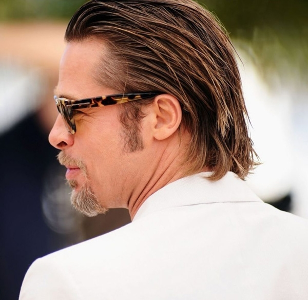 20160513-033407-long-slicked-back-hair-man-this-style-will-good-with-straight-hair-and-using-hair-pomade-will-give-a-nice-straight-pattern-556408155cb01_600x584